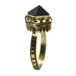 Black Pyramid Δαχτυλίδι